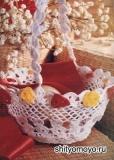 Корзинка из лепестков, связанная крючком. Описание и схемы вязания бесплатно