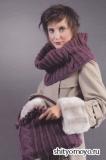 Сумка и шарф-воротник, связанный спицами. Описание и схемы вязания бесплатно