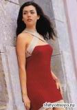 Красное мини-платье, связанное спицами. Описание вязания бесплатно