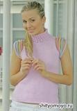 Розовая маечка, связанная спицами. Описание вязания и выкройка бесплатно