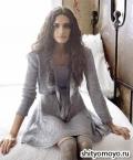 Серебристо-серое  платье, связанное спицами. Описание и схемы вязания бесплатно