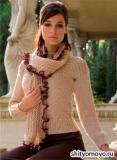Бежевый пуловер и шарф, связанные спицами. Описание и схемы вязания бесплатно