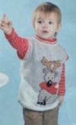 Детский жилет с орнаментом «Олень», связанный спицами