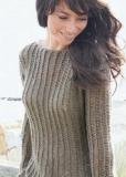 Пуловер сетчатым узором спицами