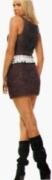 Бордовое мини-платье, связанное спицами