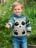 Детский джемпер с капюшоном спицами с енотом