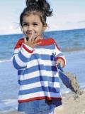 Морской пуловер спицами для девочки