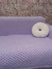 Плед и подушка-пончик из Пуффи Ализе