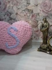 Подушка-сердце из Пуффи Ализе
