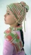 Детская меланжевая шапочка и шарф, связанные спицами. Авторская работа