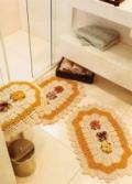 Комплект для туалета: коврик и чехол для крышки унитаза, связанные крючком. Описание+ схемы