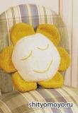 Детская подушка-подсолнух, связанная спицами. Подробное описание