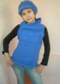 Синяя безрукавка на подростка, связанная спицами. Авторская работа