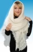 Народное рукоделие: красивый оренбургский пуховый платок, связанный спицами