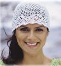 Летняя белая шапочка, связанная крючком. Описание + схемы
