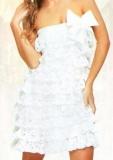 Белое летнее платье с оборками, связанное крючком. Описание + схемы