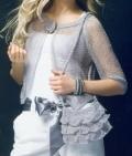 Женская серебристая сумочка, связанная спицами. Описание и схема бесплатно
