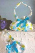 Цветочная сумка с бантом, сшитая своими руками. Пошаговое описание