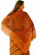 Рыжая ажурная шаль, связанная крючком