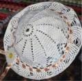 Летняя белая шляпка, связанная крючком. Описание + схема