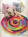 Детский разноцветный коврик, связанный крючком. Подробное описание