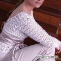 Белая блузка с открытой спиной, связанная крючком. Описание + схемы