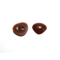 Носик №26 1,5х1 см коричневый