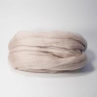 Шерсть для валяния, лента гребенная, Камтекс, полутонкая, 50г (007 лен)