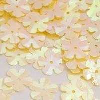 Пайетки Цветочек TBY-FLK465 14мм 10гр (020 св.желтый)