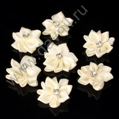 Хризантемы атласные 3 см айвори 028